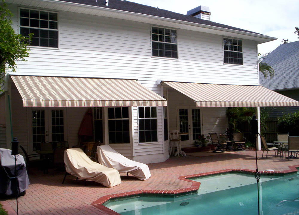 Retractable Awnings Amp Solar Screens Awning Cleaning