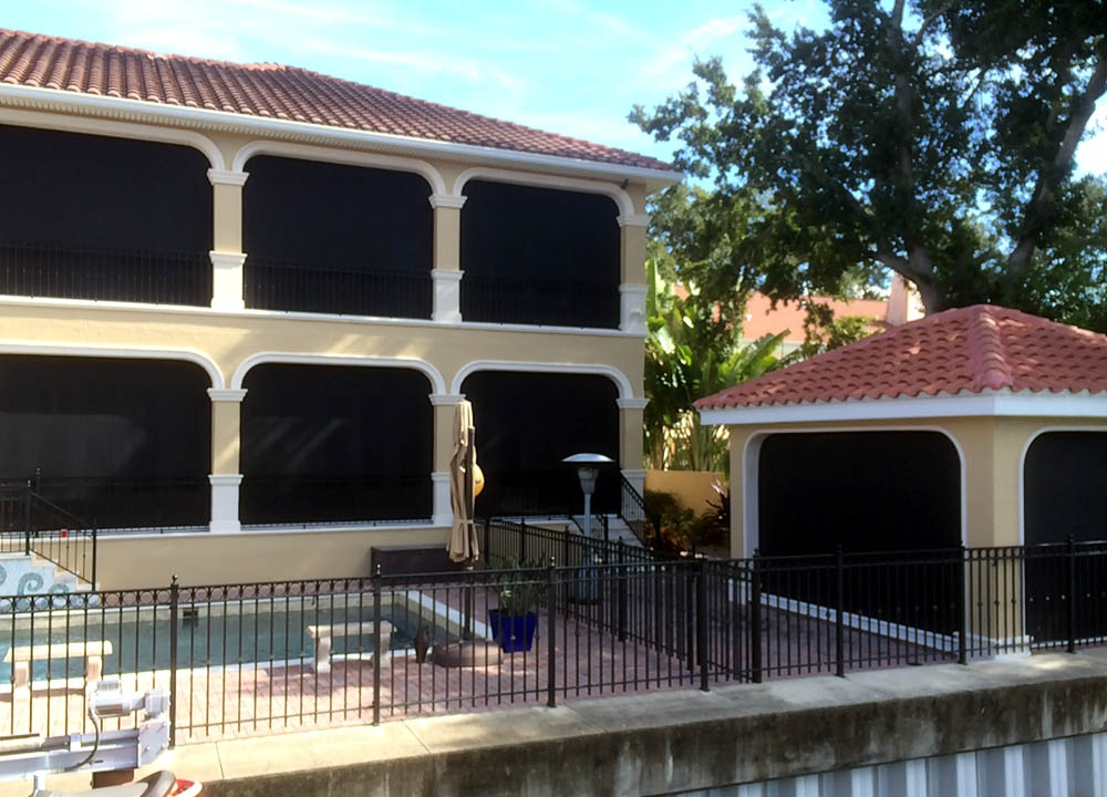 Delicieux Retractable Awnings U0026 Solar Screens | Awning Cleaning | Tampa Bay Area